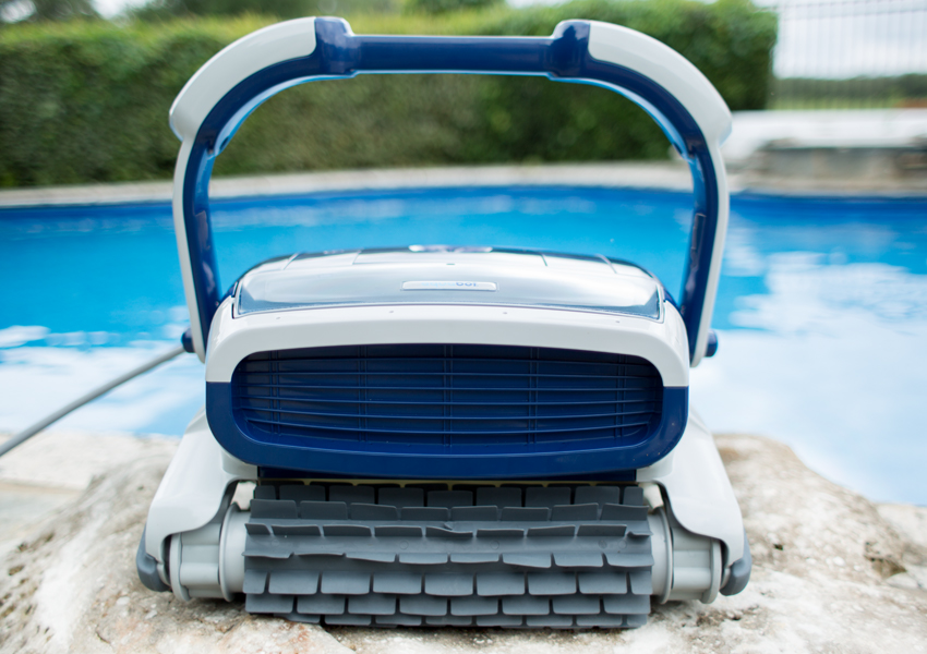 Best and Worst Robotic Pool Cleaners Picture