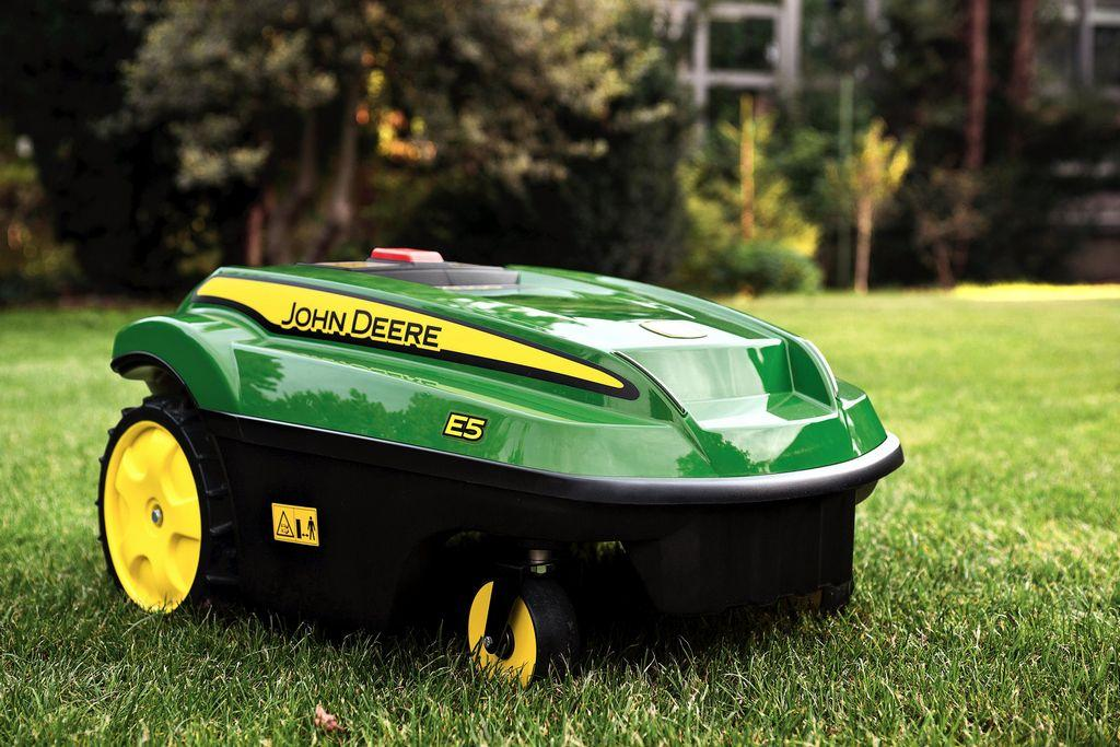 5 Reasons to Buy a Robot Lawn Mower Picture