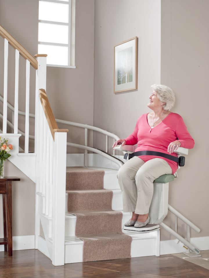 Advantages and Drawbacks of Stair Lifts Picture