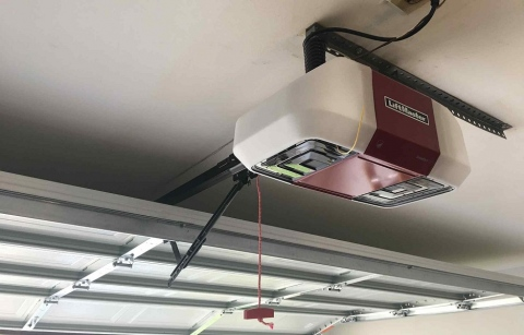 How to Choose a Quality Garage Door Opener Picture