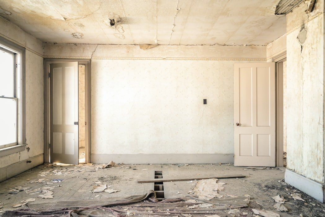Things-to-consider-when-renovating-an-old-property